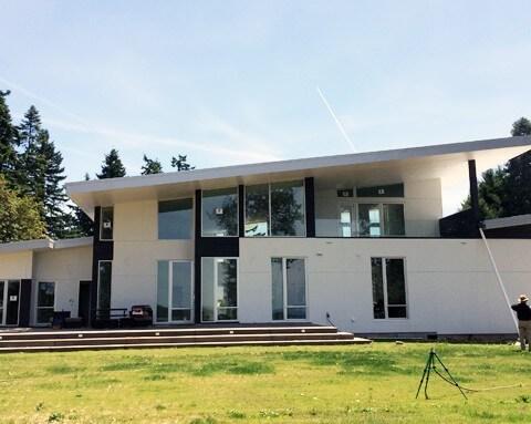 big-lakehouse1